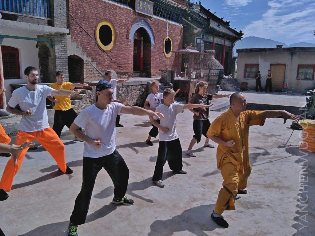 Chan meditation, chi gong and Chinese tea