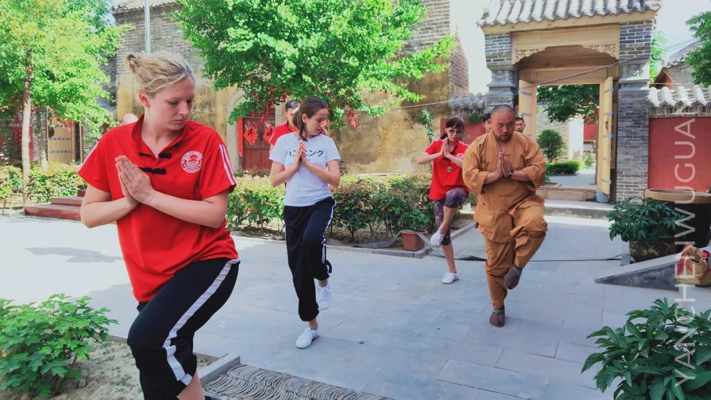 How to choose a kung fu school in a Chinese monastery 2